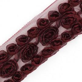 Fleurs ruban sur tulle bordeaux  x 50cm