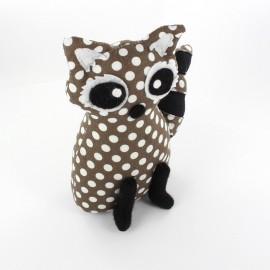 Raccoon pincushion Little white dots - brown