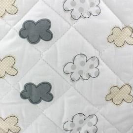 Tissu baby matelassé Nuages gris x 10cm