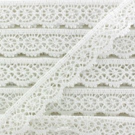 Lace ribbon Romantic Constance - white