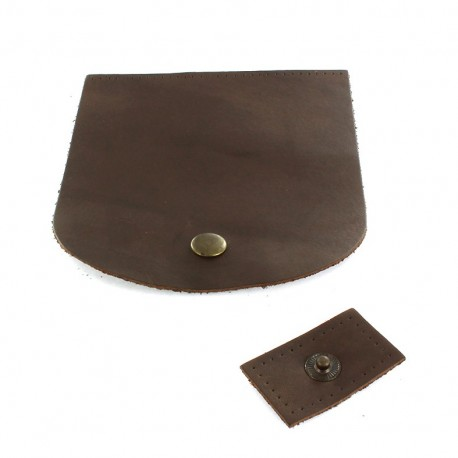 Leather flap with snap closure - brown
