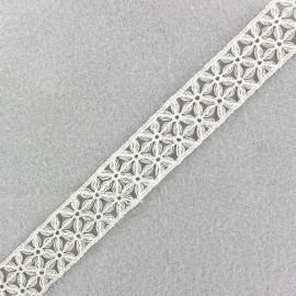 Lamé Lace Ribbon Lily - Pearl