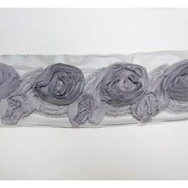 Galon Fleuri gris