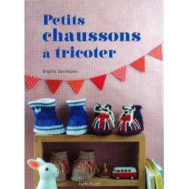 """Livre """"Petits chaussons à tricoter"""""""