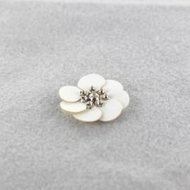 Fleur cuir à coller/ coudre blanc