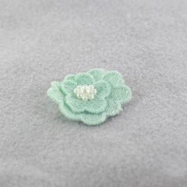 Fleur coton brodé et perles à coller/ coudre vert d'eau