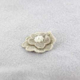 Fleur coton brodé et perles à coller/ coudre taupe clair