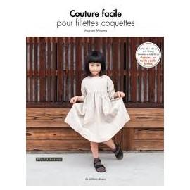 """Livre """"Couture facile pour fillettes coquettes"""""""