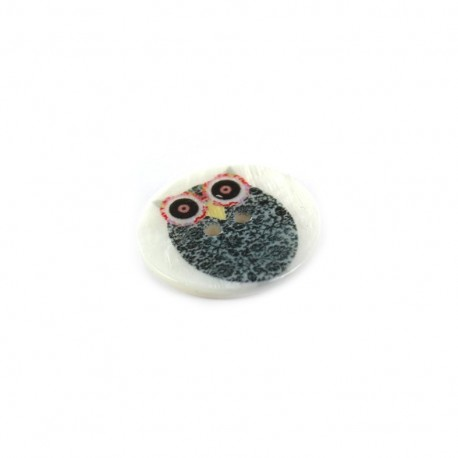 Mother-of-pearl button Owl family - JOHN