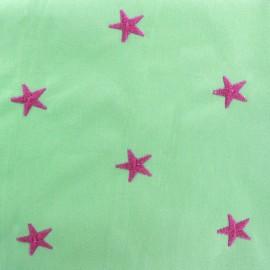 Tissu coton brodé Etoile - vert clair x 10cm