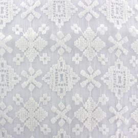 Tissu Organza brodé Azca - blanc x 19cm