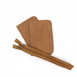 "Small pocket kit ""noce""- brown"