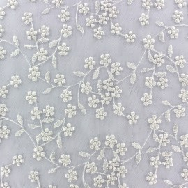 Tissu tulle dentelle brodée Petites Fleurs - blanc x 10 cm