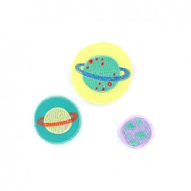 Embroidered iron on patch small astronauts (x 3) - planets