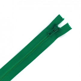 Moulded plastic open end zip eclair® - emerald green