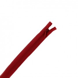 Fermeture  Eclair® invisible non séparable - rouge sang