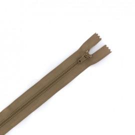Nylon closed end zip - chestnut brown