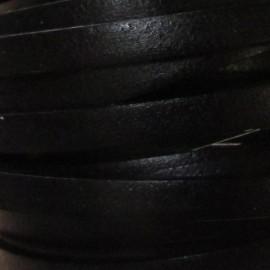 Cuir plat noir par 50 cm