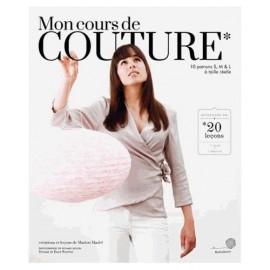 """""""Mon cours de couture"""" book"""