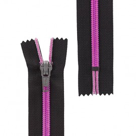 Brass Closed end zipper metallic thread - fuchsia