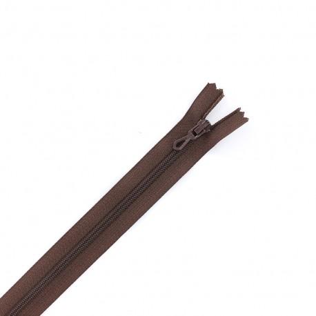 Closed bottom zipper - chocolate