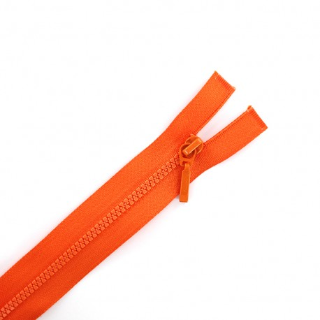 Thin moulded plastic open end zip eclair® - orangey red