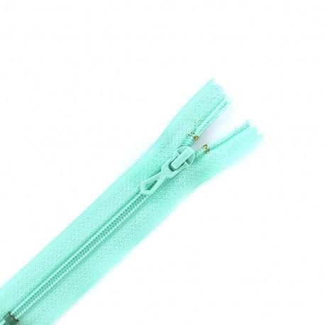 Closed bottom zipper - almond green