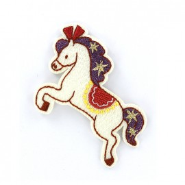 Iron on patch horse of carousel  - ecru