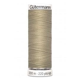Bobine de Fil pour tout coudre Gutermann 200 m - N°131