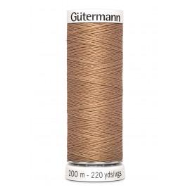 Bobine de Fil pour tout coudre Gutermann 200 m - N°179