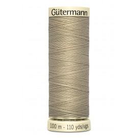 Bobine de Fil pour tout coudre Gutermann 100 m - N°131