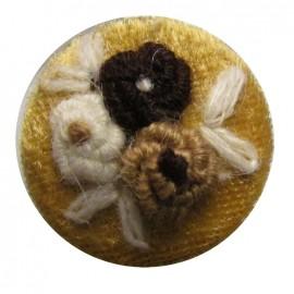 Bouton brodé fleur beige