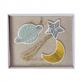 Embroidered brooches Meri Meri - Space