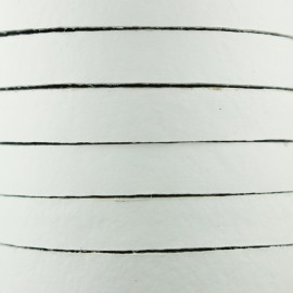 Cordon Lacet plat en cuir  5 mm - Blanc x1m