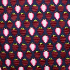 Tissu coton popeline  La gourmandise des fraises - Bleu/Rouge x 10 cm