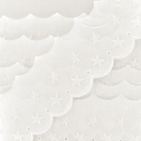 English embroidery Stars 60mm - vanilla x 1m