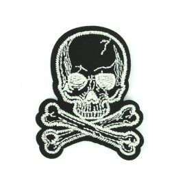 Embroidered iron on patch Scary pirate - skull