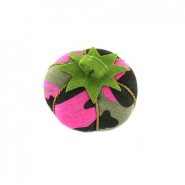 Tomato pin cushion Camouflage - fuchsia
