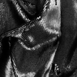 Tissu sequins mat - noir x 10cm