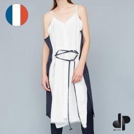 Patron DP Studio Robe décolletée ceinturée et asymétrique  - Le 907
