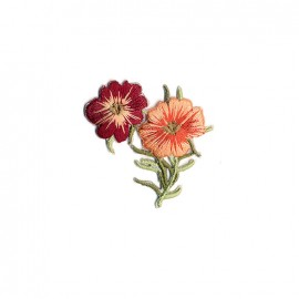 Infusion florale embroidered iron on patch - pansy