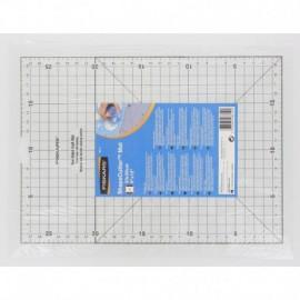 Carpet ShapeCutter A4 - 23 x 30 cm - Fiskars