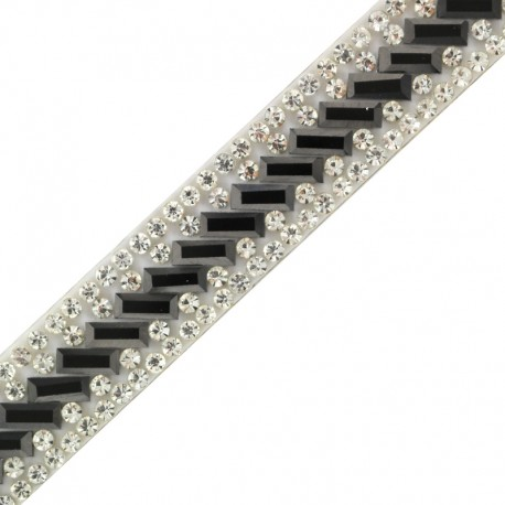 Bijoux iron on braid trimming  x 50cm - white