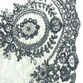 Embroidered lace fabric Fleur Deluxe - black x 10cm