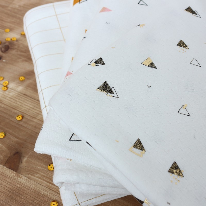 tissu jersey picoti camillette cr ation poudre or x 10cm. Black Bedroom Furniture Sets. Home Design Ideas