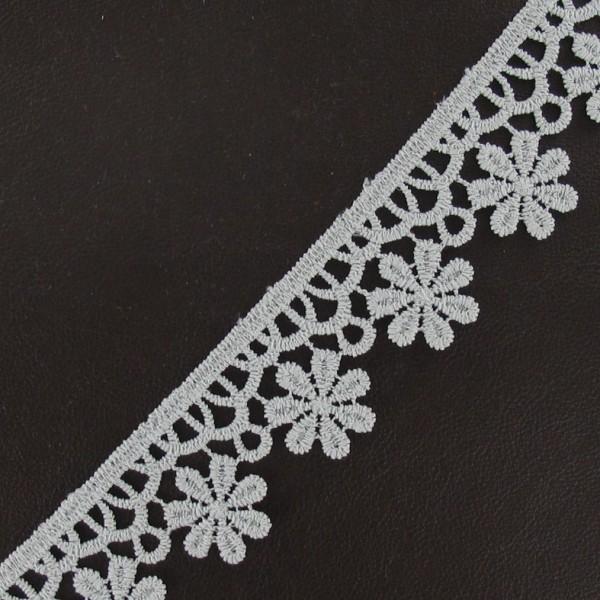 Guipure fleurs 30mm gris clair ma petite mercerie for Guipure noire au metre