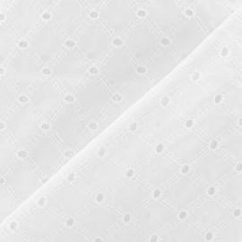 Tissu Lattice eyelet with x 10cm