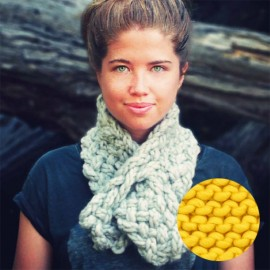 Lucette scarf knitting kit - yellow taxi