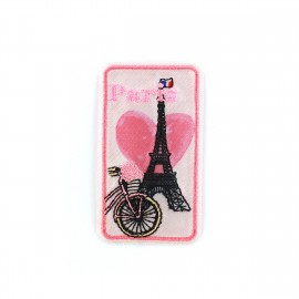 Love Town Iron on badge - Paris