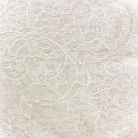 Tissu Dentelle de Calais® Fleurs ivoire x 10cm